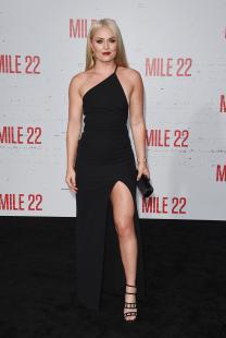 """Lindsey Vonn - """"Mile 22"""" Premiere In Westwood (8/9/18)"""