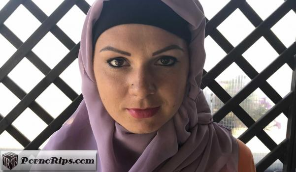 sexwithmuslims-18-08-17-mila-fox-with-her-boyfriend-czech.jpg
