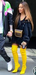 Ariana Grande - Out in NYC - 08-18-2018