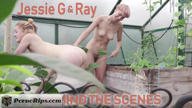 girlsoutwest-18-08-20-jessie-g-and-ray-bts.jpg