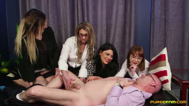 purecfnm-18-08-24-cherry-english-lola-lee-roxi-keogh-and-sapphire-rose-meet-her.png