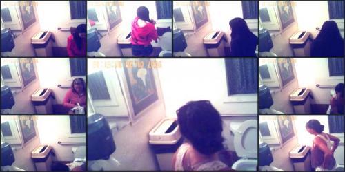 Restaurant-bathroom-cam
