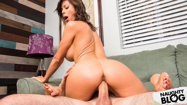 My Friend's Hot Mom - Alexis Fawx