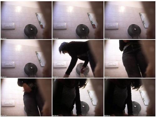 Toiletdown11112013aGG