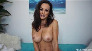 thelisaann-18-08-27-sexy-workout.jpg