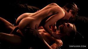 sinfulxxx-18-08-30-tiffany-tatum.jpg