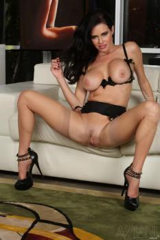 Veronica Avluv (PornStar MegaPack)
