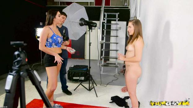 Download MoneyTalks.17.01.03.Hayden.Hennessy.Karlee.Grey.And.Summer.Day.Photo.Studio.XXX.1080p.MP4-KTR | From NaughtyHD.Org| HD Porn Movies. Videos, Clips | For Free