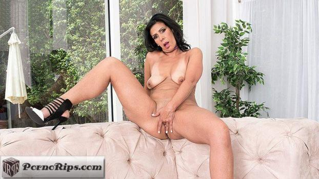 pornmegaload-18-08-07-mariah-james-they-call-the-milf.jpg